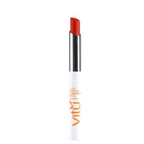 Maquillaje-Labios-Labiales_PB0074559_9C1925_1.jpg